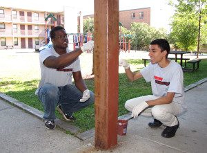 NJIT students Babatunde Ojo (l) and Bridgen Parekh (r)