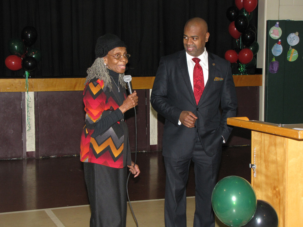 Elnora Haynes, left, Vice President of the New Community Senior Advisory Board, introduces Newark Mayor Ras Baraka before his keynote speech at the 30th Annual Dr. Martin Luther King, Jr. Scholarship Dinner at the New Community Neighborhood Center.