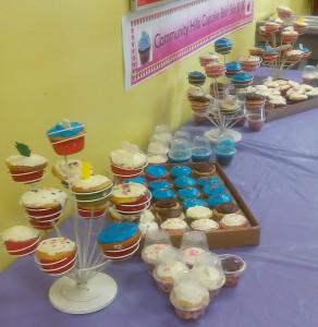 CHELC cupcake sale_Yvette Johnson photo