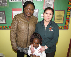 Family worker Abigail Osorto with CHELC parent Mariam