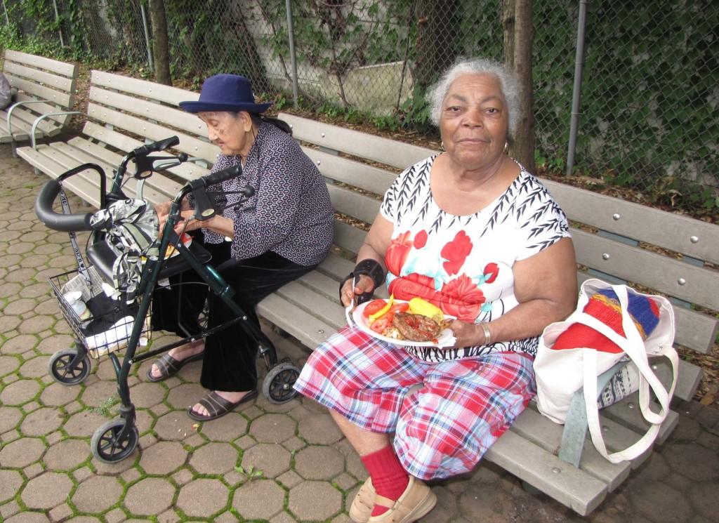 Hudson Senior bbq two ladies
