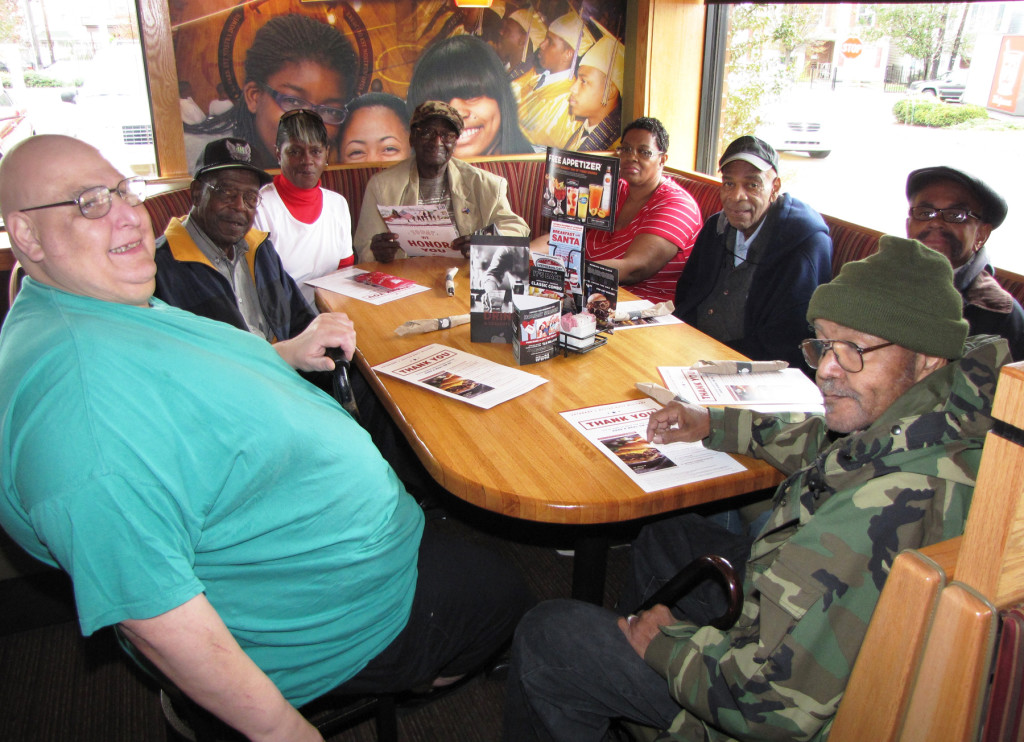 Veterans Day Applebees 265 and 140 table
