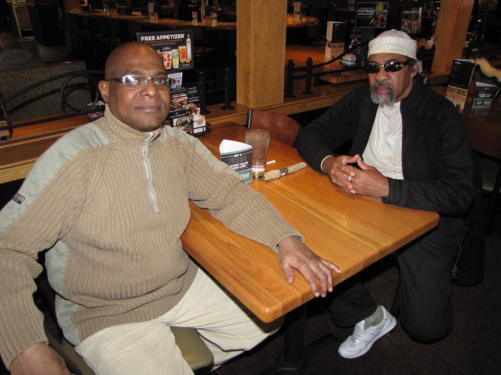 Veterans Day Applebees Darrel Armstrong and Derrick Wisdom