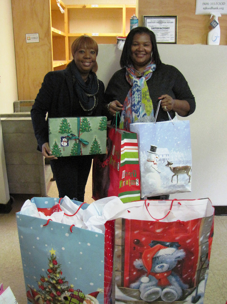 Capital One donation Donnette and Dorothy