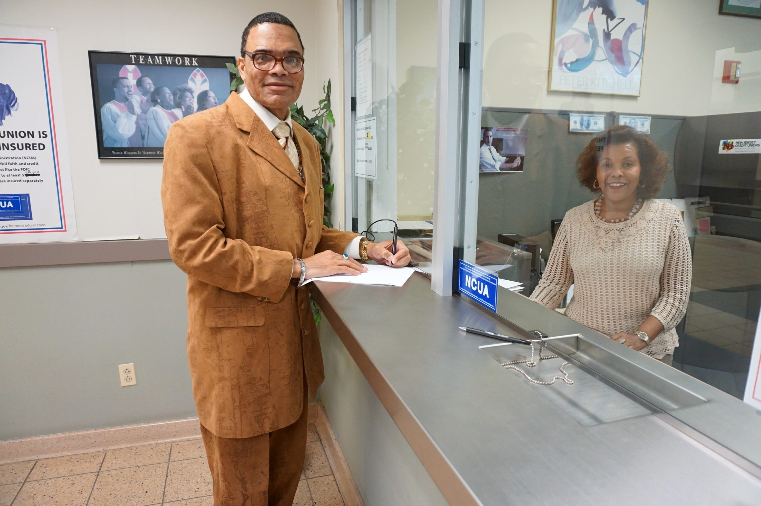 Credit Union Member Helps Others After Overcoming Struggles
