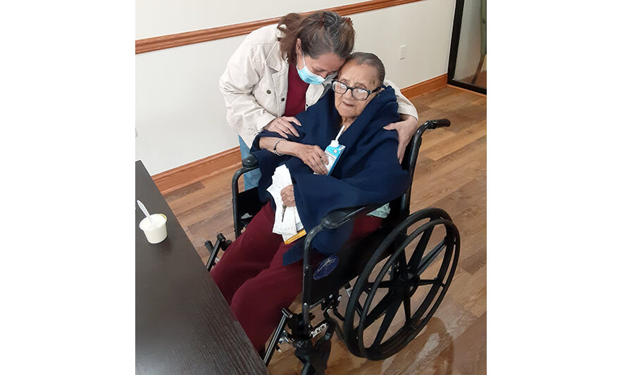 Extended Care Welcomes Visitors Back to See Loved Ones