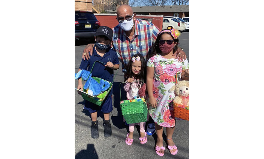 Families Easter Baskets 2021 Anibal Alvelo with 3 Kids for Web